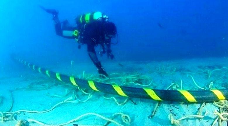 underwater-cable-google.jpg